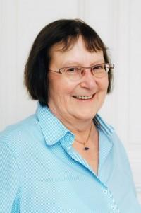 Dr.  Barbara Lübcke